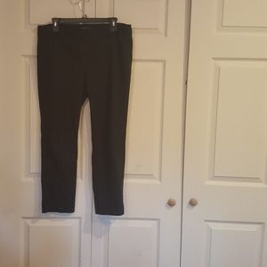 EUC VAN HEUSEN DARK BLACK WOMENS WORK PANTS